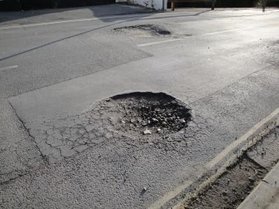 Buracos nas vias: Um risco para você e seu carro